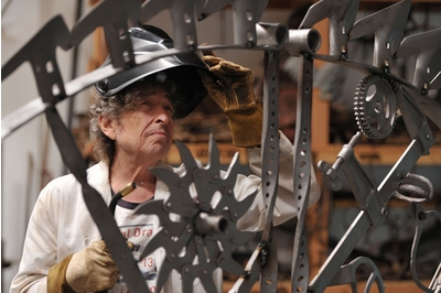 Bob Dylan works on iron sculpture. Herald Scotland