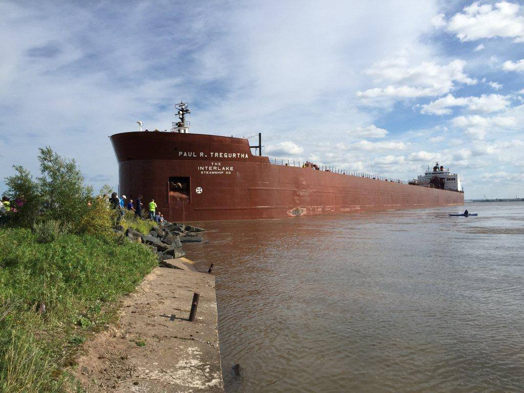 The Paul R. Tregurtha ran aground Saturday near Bayfront Park in Duluth, Minnesota. (PHOTO: Duluth Police Chief Gordon Ramsey)
