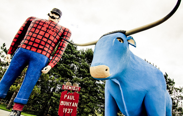 The statues of Paul Bunyan and his blue ox Babe have stood in Bemidji, Minnesota, since 1937. (PHOTO: Matt Olson, Creative Commons license)