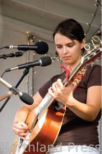 Singer-songwriter Shannon Murray (PHOTO: Northland Press)