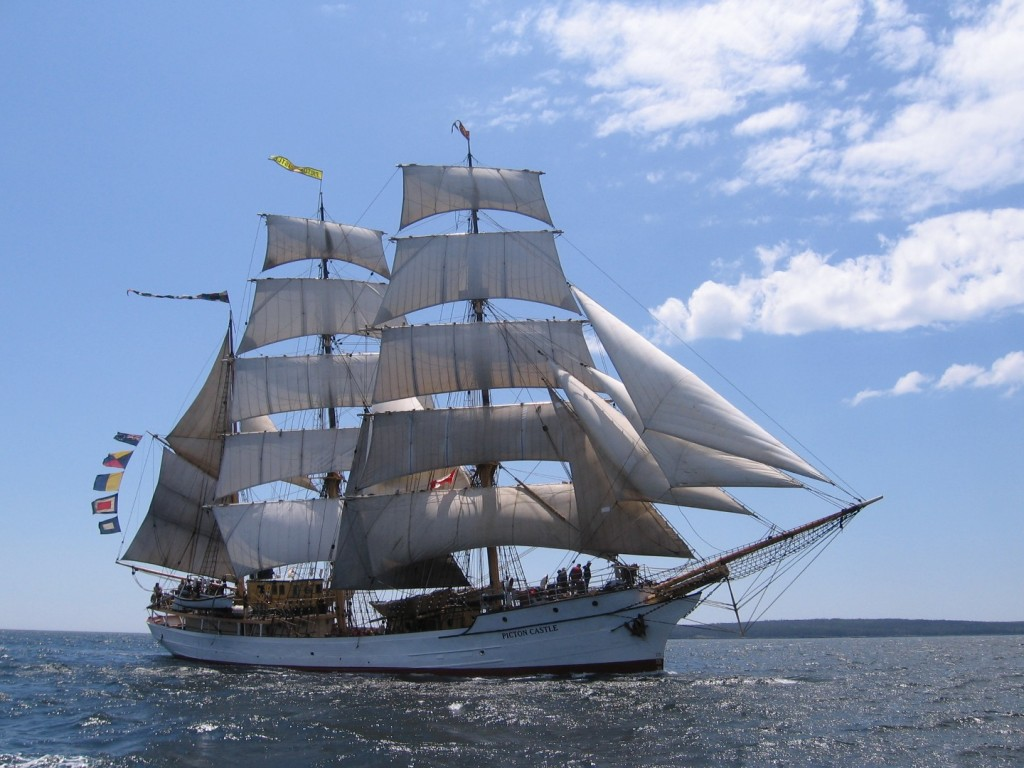 (PHOTO: Tall Ships Duluth)