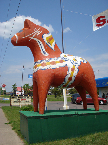 Dala Horse displayed in front of Bergquist Imports in Cloquet.