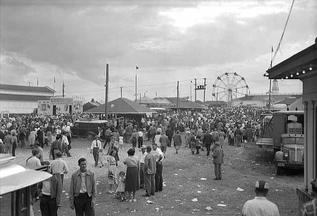 The St. Louis County Fair as seen on Aug. 12, 1951 at the old fairgrounds in Hibbing, Minnesota. PHOTO: Al Heitman via hibbing.yolasite.com)