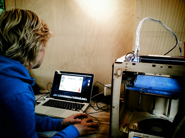 Maker spaces like this one allow people to use technology to experiment with their own ideas. The Iron Range Makerspace aims to do the same in Northern Minnesota. (FryskLab, Flickr CC).