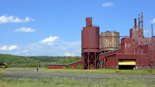 PolyMet seeks to use the old LTV Steel processing plant, formerly the Erie mine, near Hoyt Lakes for use as a copper-nickel mine processing facility. (PHOTO: Joel Dinda, Flickr CC)