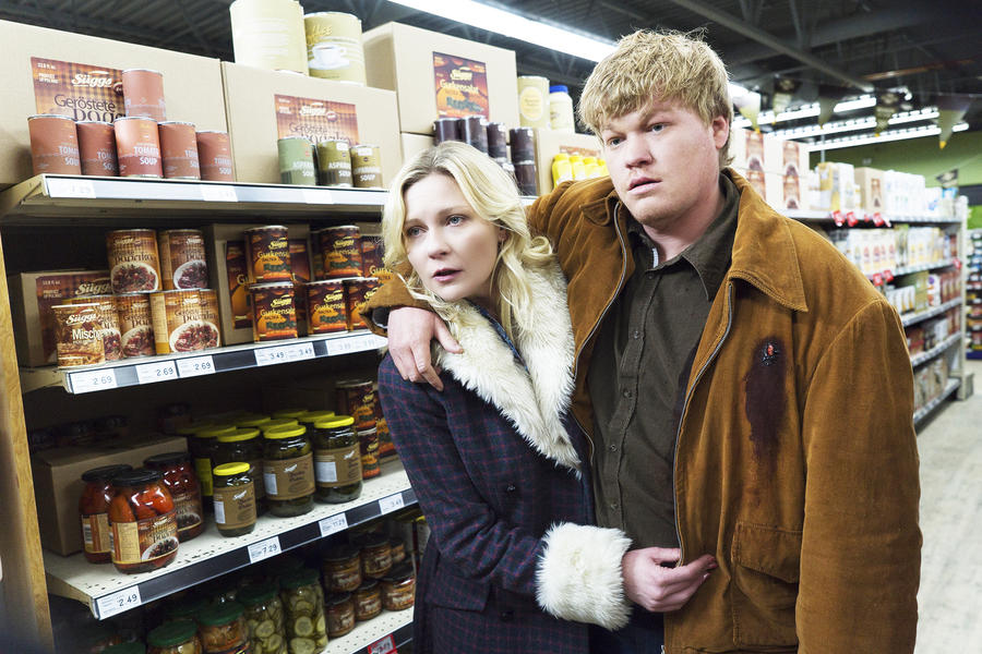Kirsten Dunst as Peggy Blumquist, Jesse Plemons as Ed Blumquist. (PHOTO: Chris Large/FX)