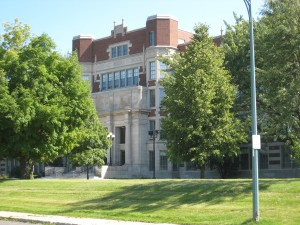 Hibbing High School (PHOTO: Wikimedia Commons)