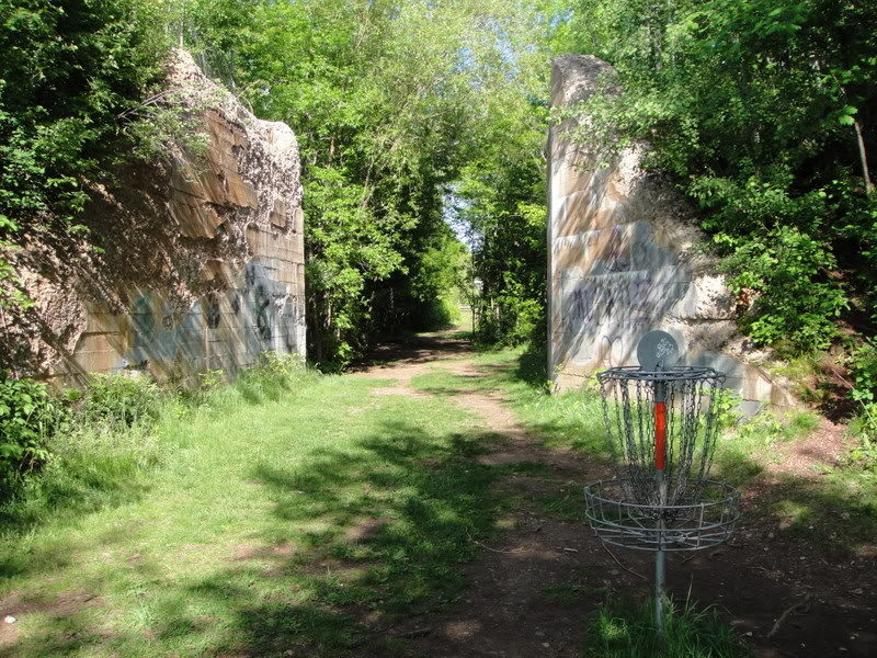 A view of the Historic North Hibbing Disc Golf Course (dgcoursereview.com)