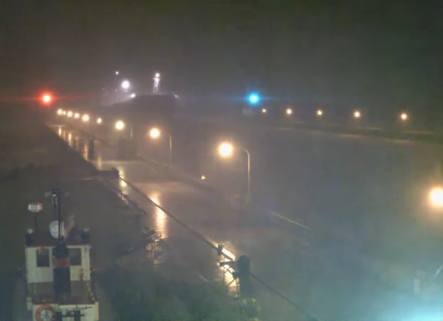 The Algoma Guardian powers through the Duluth canal being pelted by 90-100 mph winds in the early morning hours of Thursday, July 21. (YouTube screenshot)