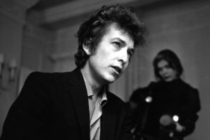 Listen to audio of Dylan's Nobel Prize lecture
