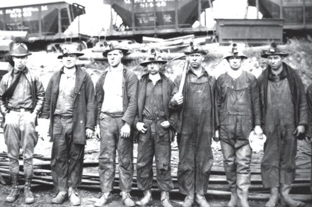 Workers at the Milford Mine near Crosby, site of a 1924 underground disaster that claimed the lives of 41 miners. (Minnesota Historical Society)