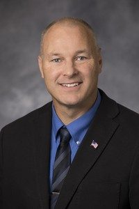 Republican Pete Stauber to run for Congress in MN-8