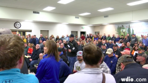 Crowd questions Mesabi Metallics in tense meeting
